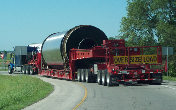 Understanding the Freight Rate for Heavy Equipment Hauling